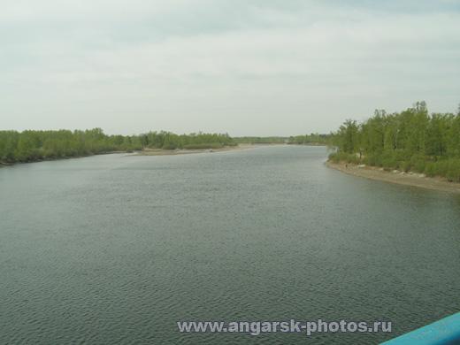 Вид с моста на реку китой