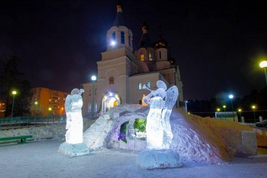 Свято-Троицкий кафедральный собор в рождественскую ночь
